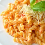 Roasted Red Pepper Mac and Cheese
