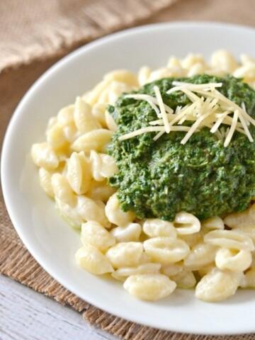 Mushroom, Kale, & Spinach Macaroni and Cheese Recipe