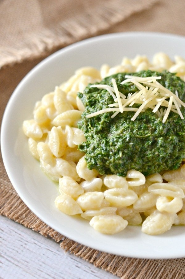 Rich and Creamy Mushroom, Kale, & Spinach Macaroni and Cheese Recipe