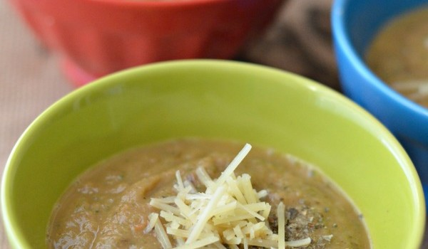 zucchini mushroom & tomato soup