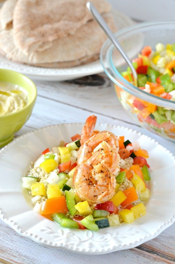 Shrimp and Israeli Pepper Salad with Pita Bread, a healthy mediterranean meal.