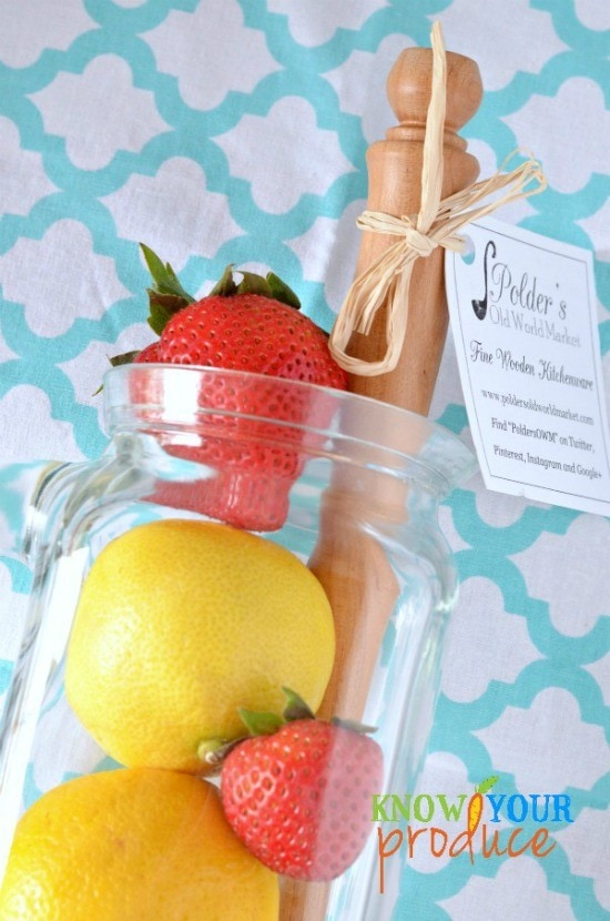Homemade Strawberry Lemonade DIY Summer Gift Giving