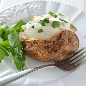 How to Make a Baked Potato – Baked Garlic Parsley Potatoes