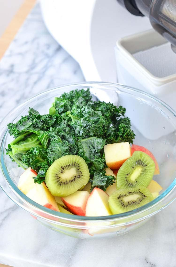 Kale and Kiwi Refresher | Green Juice Recipes