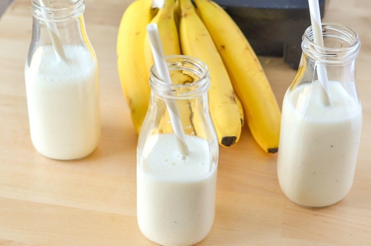 Yogurt Smoothie Recipe Creamy Banana Vanilla - Great breakfast addition!