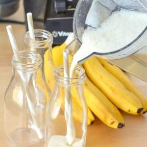 Yogurt Smoothie | Creamy Banana Vanilla