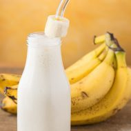 Banana Smoothie with Yogurt