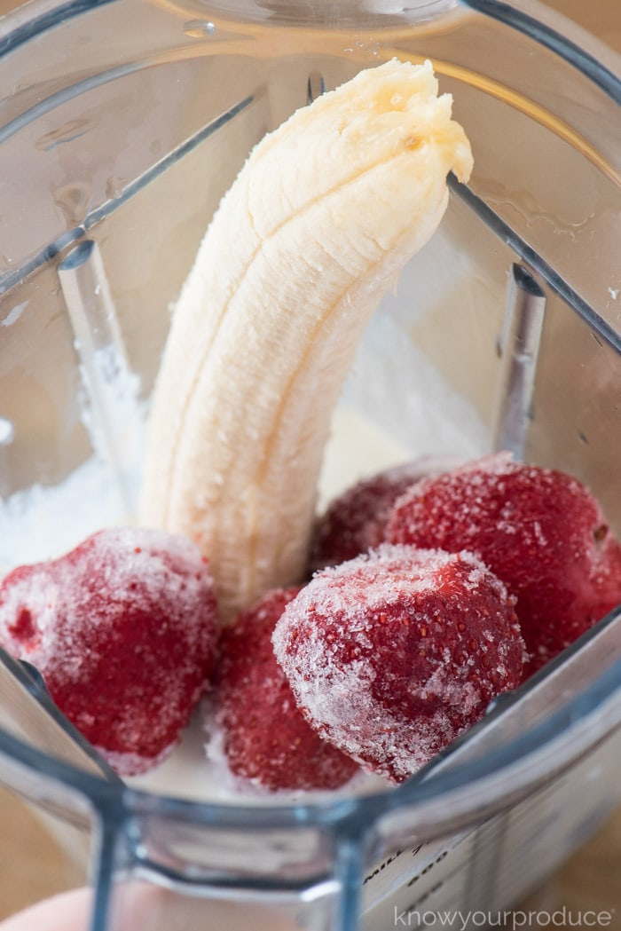 strawberry banana smoothie ingredients