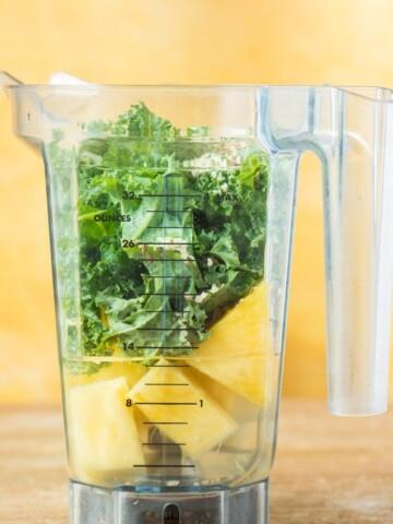 kale pineapple smoothie ingredients
