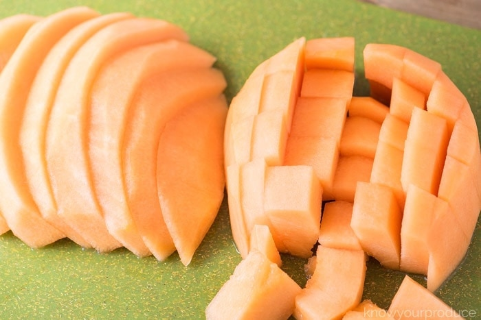 how to cut a cantaloupe cubes and wedges