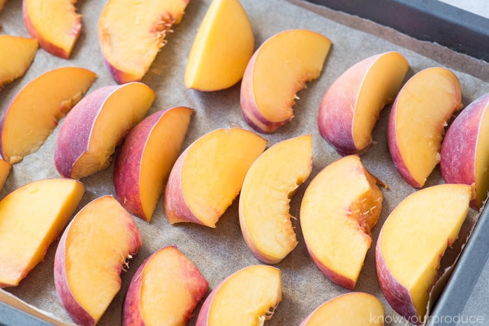 how do you freeze peaches