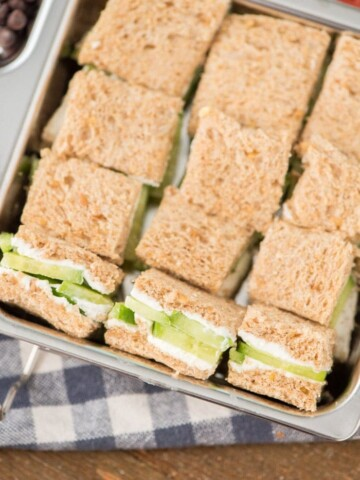cucumber sandwiches with cream cheese