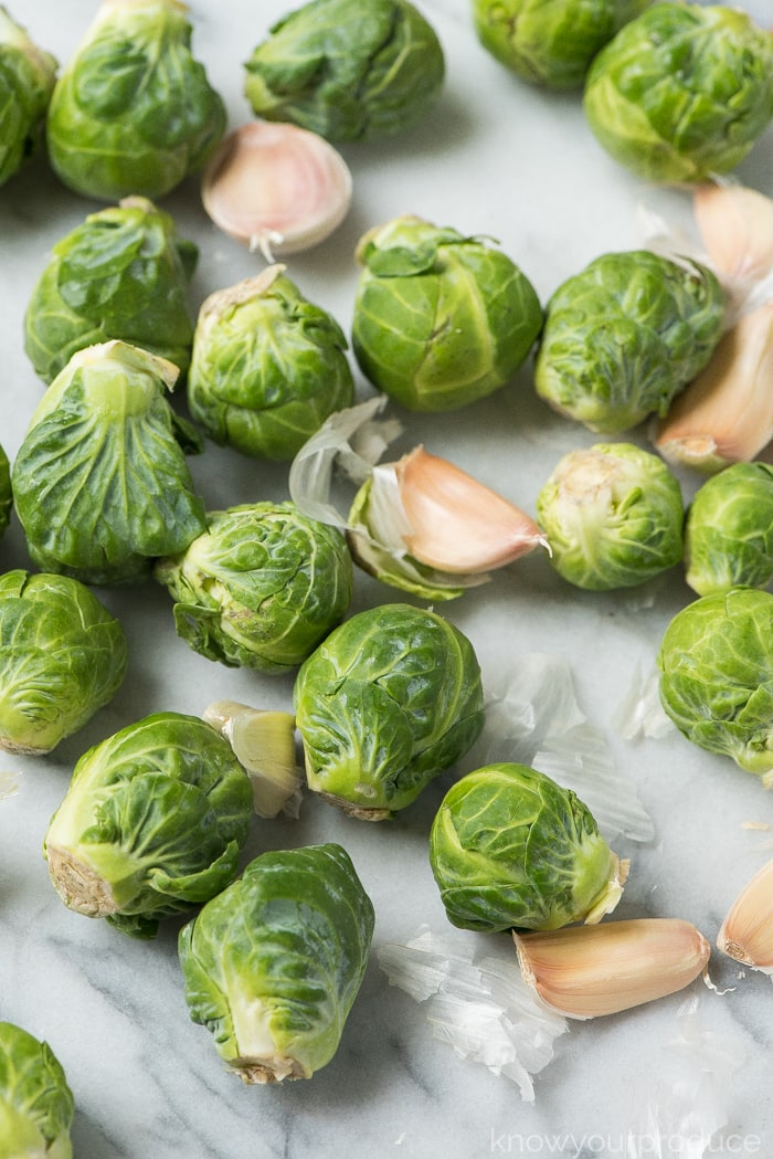 fresh brussels sprouts and garlic for roasted brussels sprouts with garlic